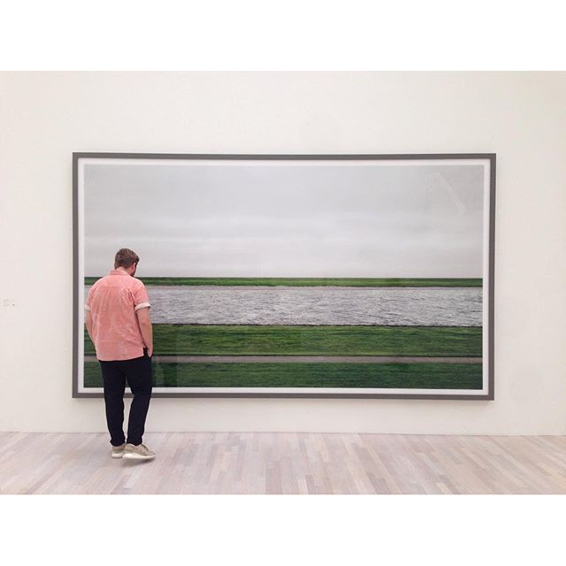 "Finally we visited the Gursky exhibition in Düsseldorf to see one of the most expensive images of the world ""Rhein II"" among other photographs. #gursky #rhein2 #nichtabstrakt #kunstsammlungnrw #photography #largeformatprinting #analogphotography #photoshopphilipp #photoexhibition #k20"