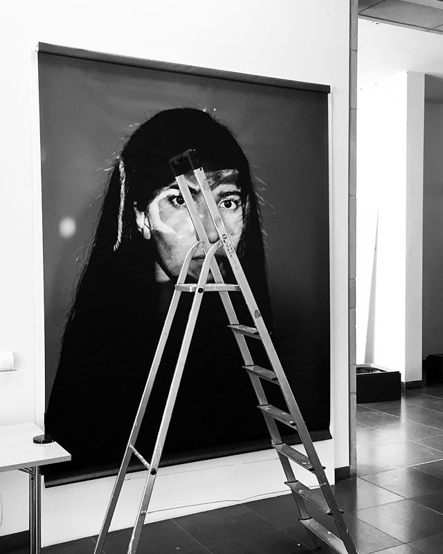 Setting up my new exhibition »Radebrecht« @ Galerie Waidspeicher / Erfurt, Germany. Opening Friday during the Long Nights of Museums at 18 o'clock ️. Entry is free at the opening.